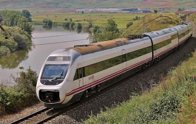 Viaje en tren de Barcelona a Bilbao