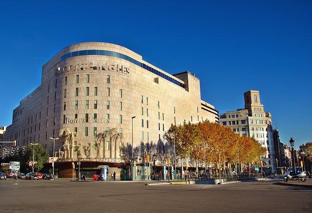 Tiendas por departamentos en Barcelona