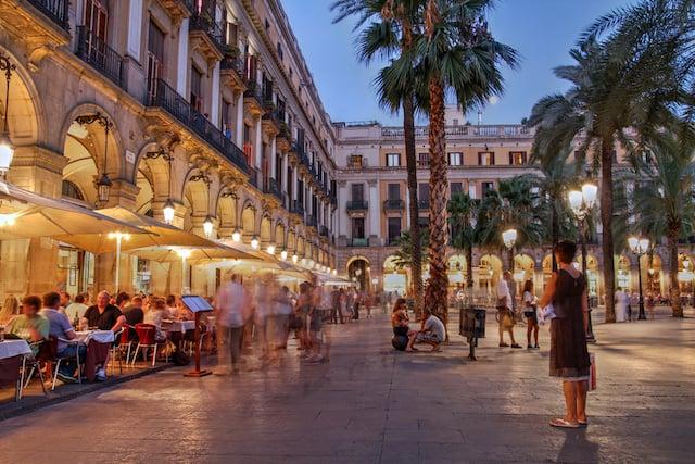 10 lugares y actitudes a evitar en Barcelona