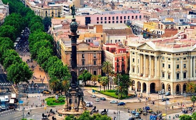 10 Posadas y hostales excelentes en Barcelona