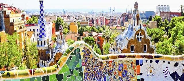 10 Paseos a pie y en bicicleta por Barcelona