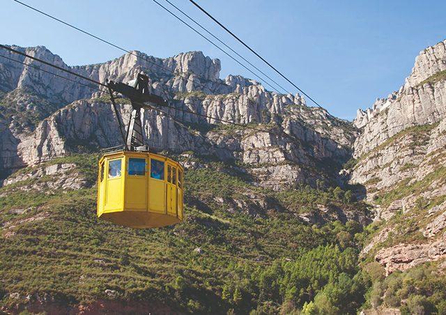 Ida y Vuelta a Montserrat desde Barcelona