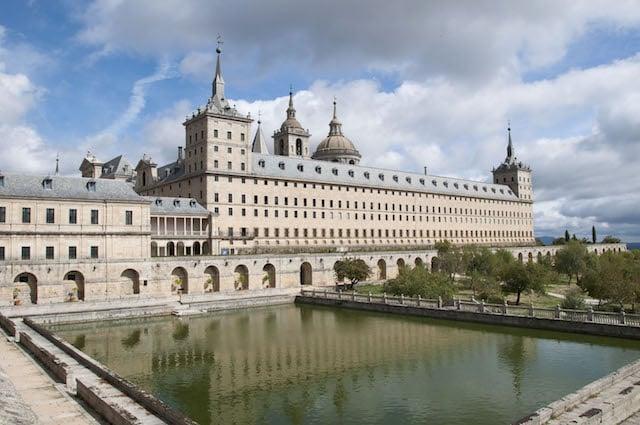 Excursión al Escorial y a la Basílica del Valle de los Caídos en Madrid