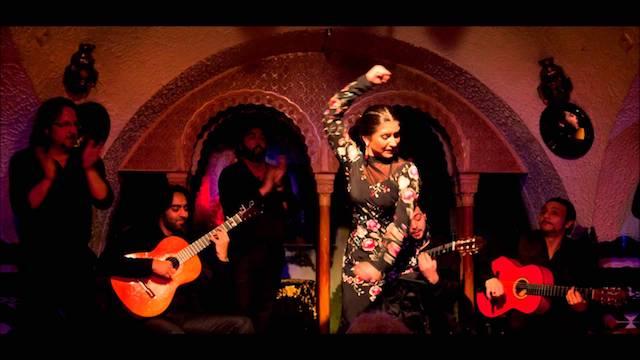 Cena y Espectáculo Flamenco en Barcelona