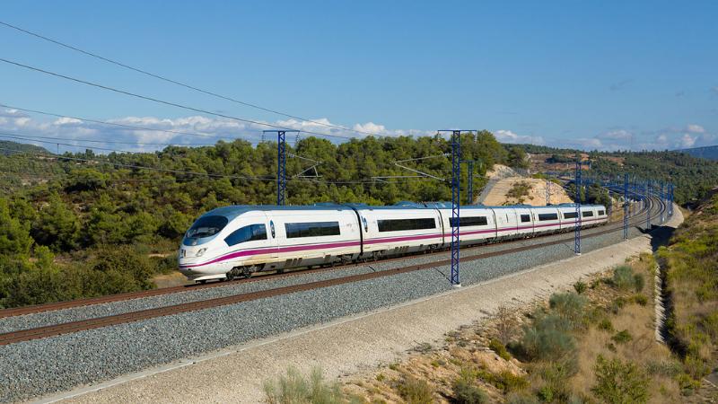 Viaje en tren de Valencia a Madrid