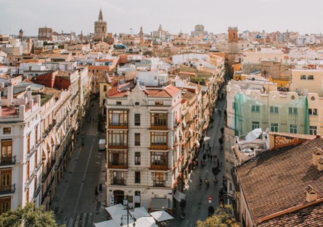 En que idioma hablan en Valencia
